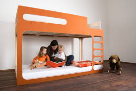 Letto Kura Montessori : Soluzioni per una cameretta doppia architettura e design a roma