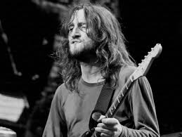 John Frusciante's isolated guitar on <b>Red Hot Chili Peppers</b>' 'Scar ...