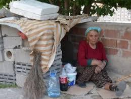 68 yaşındaki kadın sokakta yaşıyor