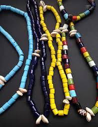 Resultado de imagen de collares africanos de cuentas de cerámica