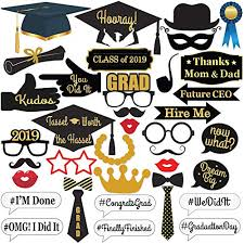 <b>2019 Graduation Decorations</b>: Amazon.com