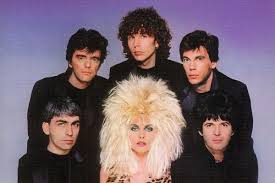 35 Years Ago: <b>Blondie</b> Close Out Their First Era With 'The <b>Hunter</b>'
