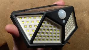 <b>100 LED solar</b> garden <b>light</b> teardown (with schematic). - YouTube