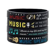 <b>Браслет</b> «Music is <b>my life</b>