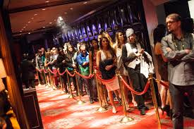 how to get into the best las vegas nightclubs las vegas nightclub lines