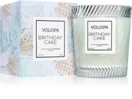 VOLUSPA Macaron <b>Birthday Cake ароматическая свеча</b> | notino.ru