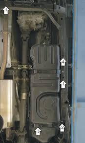 <b>Стальная защита топливного бака</b> для Haval H9 (Хавейл Н9), с ...