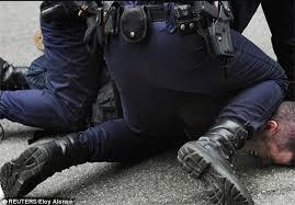 Image result for مردم انگلیس در اعتراض به تداوم سیاستهای ریاضتی به خیابانها ریختند
