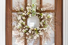 50 Ways to Decorate for <b>Easter</b> | HGTV
