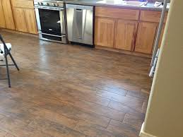 Hardwood Or Tile In Kitchen Porcelain Tiles That Look Like Wood