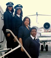 delta connection airlines female captains and flight attendants delta connection airlines female captains and flight attendants