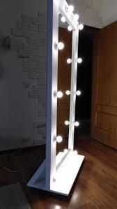 Белое гримерное <b>зеркало</b> с подсветкой
