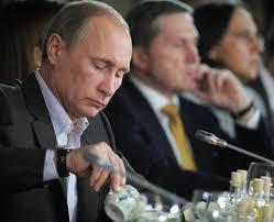 <b>Vladimir Poutine</b> lauréat en Chine d&#39;un prix de la paix inspiré du Nobel - 219635_le-premier-ministre-russe-vladimir-poutine-a-krasnogorsk-le-11-novembre-2011