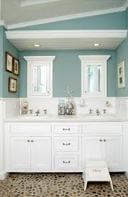 style green bathroom color