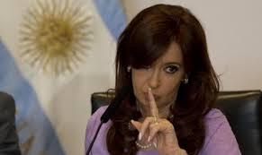 الأرجنتين - التحقيق مع رئيسة البلاد السابقة فرنانديز في قضية جديدة