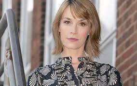 Eva Pope as comprehensive school head teacher Rachel Mason in BBC1 drama Waterloo Road. Photo: BBC. By Simon Horsford and Jod Mitchell - waterloo_road_eva__1252370c