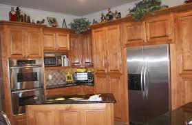 various projects inspiration for a mid sized timeless u shaped eat in kitchen remodel with raised spacious eat kitchen
