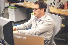 6 job hunting strategies for employed job hunters jobstreet employed job hunters image