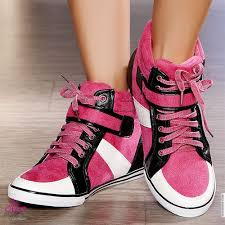 احذية رياضية images?q=tbn:ANd9GcQ