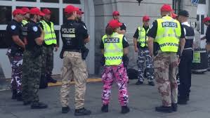Quebec government wants to ban <b>camouflage</b> pants for <b>police</b> | CBC ...