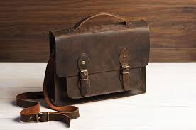 11 <b>Best Men's</b> Leather <b>Messenger</b> Bags That Are Just Gorgeous