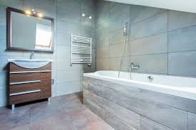 how to paint a small bathroom how to paint a small room to make look bigger apps directories
