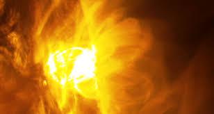 Risultati immagini per giant flare solar