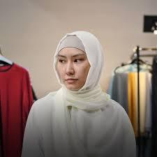 «Нужно ценить свой платок»: Мусульманки о <b>хиджабах</b> — The ...