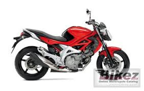 2011 <b>Suzuki Gladius 400</b> specifications and pictures