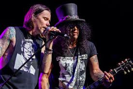 <b>Slash featuring Myles</b> Kennedy and the Conspirators Concert ...