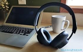 Review: <b>Plantronics BackBeat GO 600</b> headphones with bass boost ...