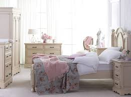 shab chic ideas for a vintage romantic look simple ideas for shabby chic chic small white home