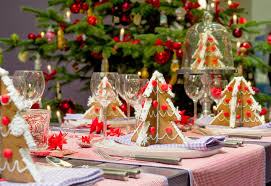 18 gorgeous christmas table decorations aida homes perfect decoration ideas with paper trees idea design amazing christmas decorating ideas office 1