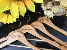Сравните цены на Custom Hanger Wedding — мегаскидки на ...