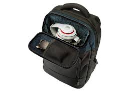 3 best <b>laptop backpacks</b> for <b>teens</b> that will last for years