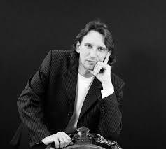 В ДТП погиб автор песни «Поздний <b>вечер в</b> Сорренто» и хитов ...