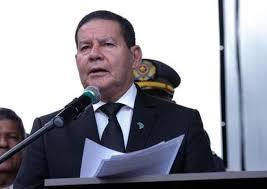 Vice-presidente Hamilton Mourão se reúne com Wilson Lima e Arthur Neto em Manaus