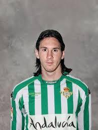 Fotos de Messi. - Página 2 Images?q=tbn:ANd9GcQVYa0pWh_13sdhSDqt4eGujcR_Jp1bY13f2fRssnNMNogrGqayCw