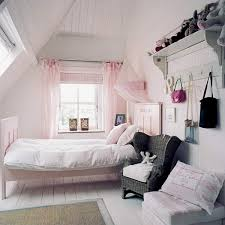 1000 images about shabby bedroom on pinterest shabby chic bedrooms shabby bedroom and shabby chic chic small bedroom ideas