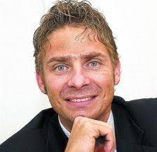 Tourismus AG hat Harry John als neuen Direktor bestimmt. Der ausgewiesene Tourismus-Fachmann übernimmt ab 1. Januar 2013 die operative Verantwortung der vor ... - 40055_6