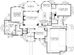 square feet  bedrooms  batrooms  parking space  on     square feet  bedrooms  ½ batrooms  parking space