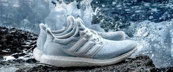 Кроссовки из мусора: как делают одежду и обувь из пластиковых ...