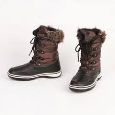 <b>Дутики женские с шнуровкой</b> на контрастной подошве купить в ...
