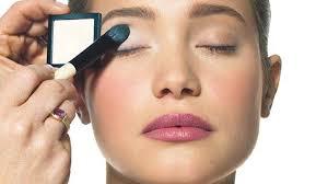 <b>Bobbi Brown's</b> 'How-To: <b>Classic</b> Eye Makeup' - Pinterest