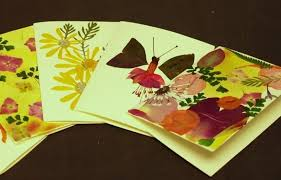 How to Press Flowers & Create <b>Handmade</b> Greeting Cards ...
