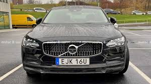 <b>Volvo S90</b> Facelift Spied Showing Small Design Tweaks