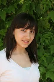 Paulina Kowalczyk. Wiek: 16 lat. Wzrost: 160 cm. Wymiary: 83/60/90. Zainteresowania: taniec, śpiew, muzyka, komedie romantyczne, malarstwo - 8