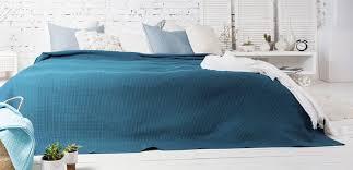 Декор для спальни в скандинавском стиле - Postel-Deluxe.ru