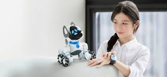 WowWee CHiP: The <b>smart</b> and lovable <b>robot dog</b>.