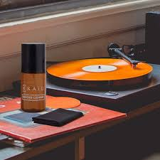 <b>Vinyl</b> Care and Storage: How to Clean and Store Your <b>Vinyl Records</b> ...